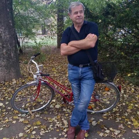 András, 75 éves társkereső férfi - Dunaújváros