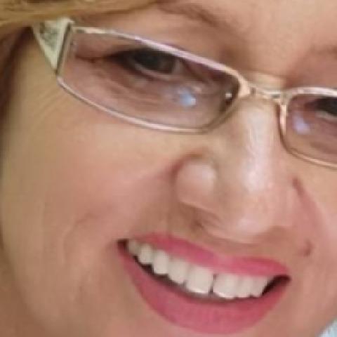 Maja, 63 éves társkereső nő - Cegléd