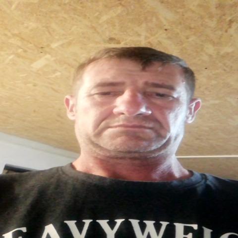 József , 43 éves társkereső férfi - Földes