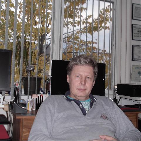 GYULA, 67 éves társkereső férfi -