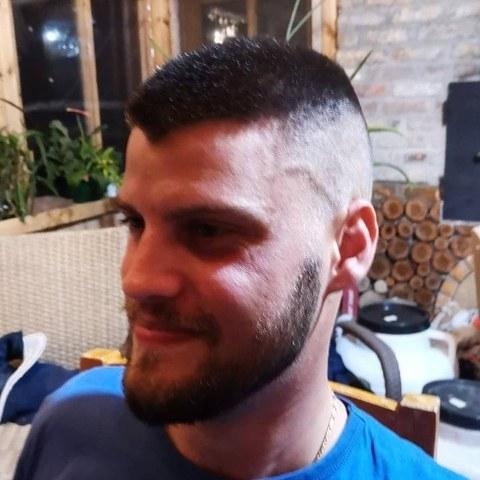 Róbert, 29 éves társkereső férfi - Herceghalom