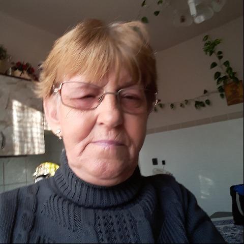 Mária, 62 éves társkereső nő - Debrecen