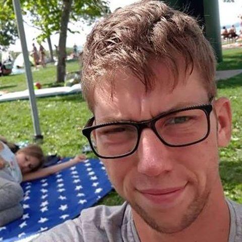 Ferenc, 22 éves társkereső férfi - Medgyesbodzás