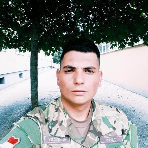 Ádám, 24 éves társkereső férfi - Debrecen
