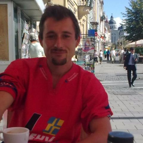 György Levente, 37 éves társkereső férfi - Bátaszék
