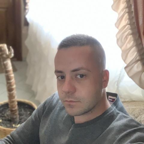 Laci, 30 éves társkereső férfi - Nyíregyháza