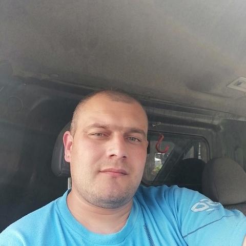 István, 31 éves társkereső férfi - Satu Mare