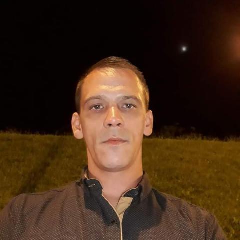 Gyorgy, 32 éves társkereső férfi - satu mare