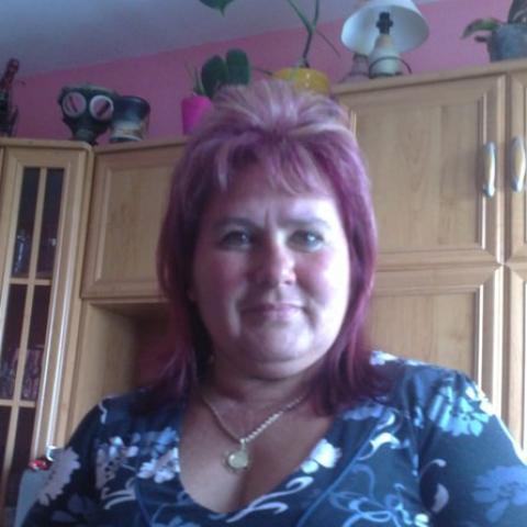 Gréta, 56 éves társkereső nő - Kecskemét