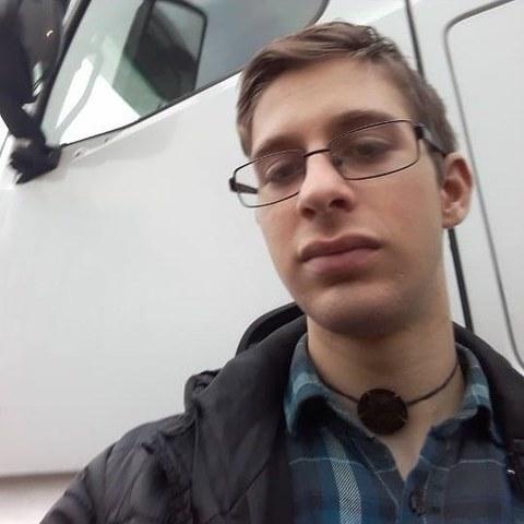 Adrián, 19 éves társkereső férfi - Zalaegerszeg
