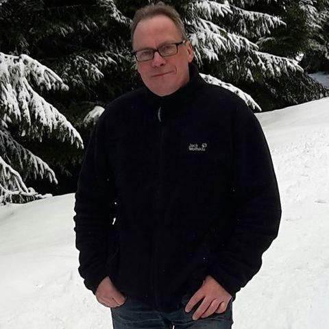 Mike, 55 éves társkereső férfi -