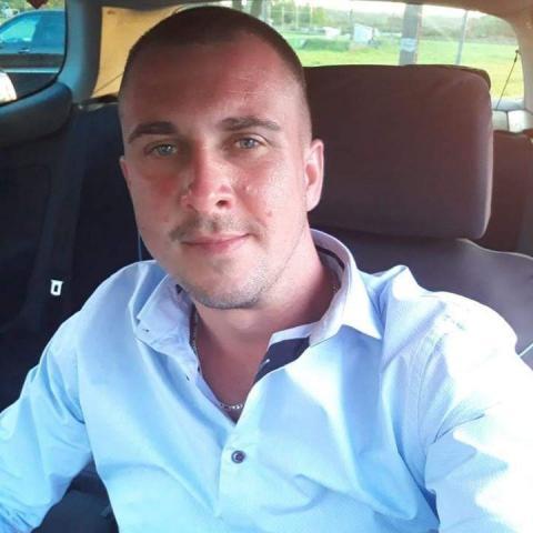 Attila, 34 éves társkereső férfi - Szigetszentmiklós
