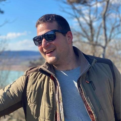 Bence, 23 éves társkereső férfi - Csongrád
