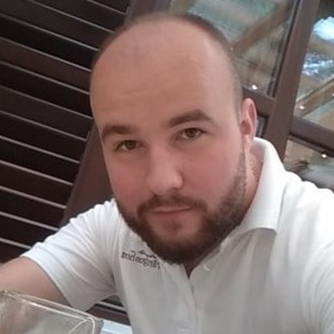 Krisztián , 30 éves társkereső férfi - Miskolc