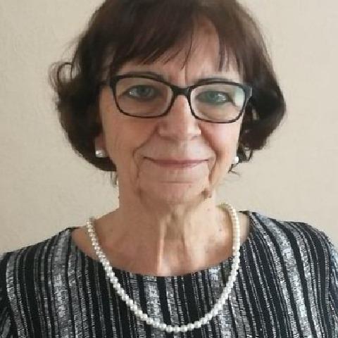 Edina, 72 éves társkereső nő - Eger
