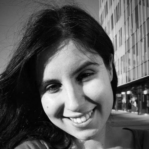 Csilla, 29 éves társkereső nő - Budapest