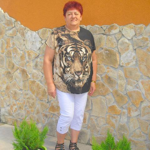 Sarolta, 66 éves társkereső nő - Bátorkeszi