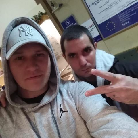 Krisztián, 33 éves társkereső férfi - Dunaújváros