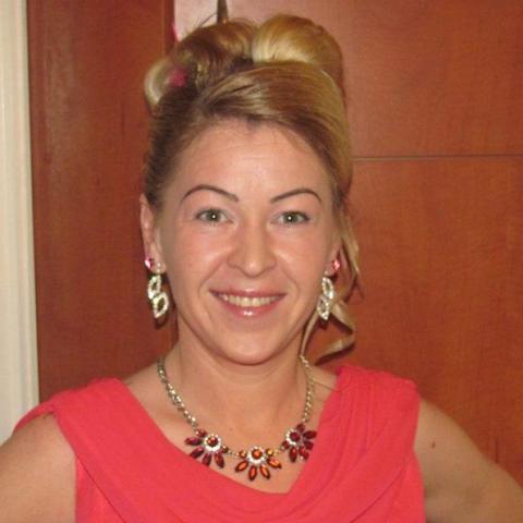 Zsuzsa, 40 éves társkereső nő - Bőcs