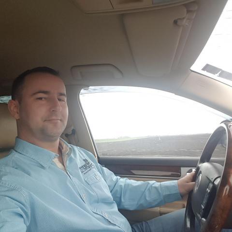 Robi, 42 éves társkereső férfi - Csongrád