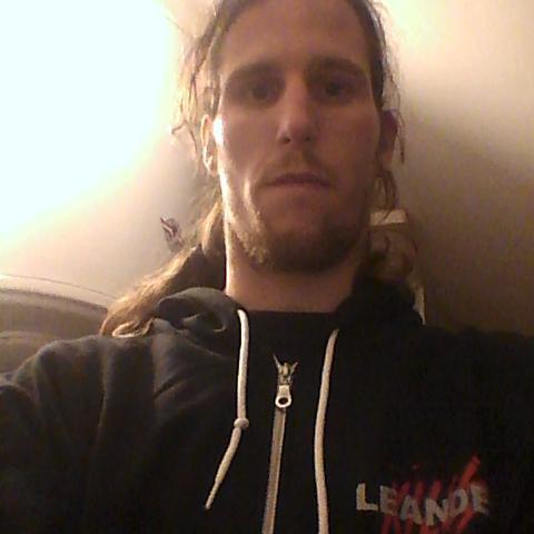 Tibor, 28 éves társkereső férfi - Nyírbogdány