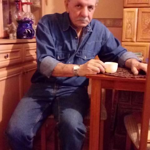 János, 63 éves társkereső férfi - Balkány