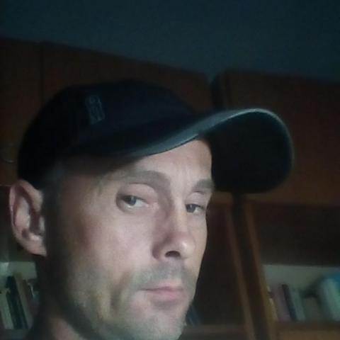 Miki, 43 éves társkereső férfi - Nyíregyháza
