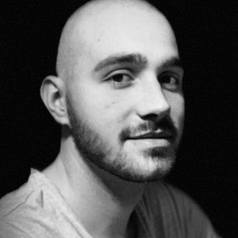 Márk, 24 éves társkereső férfi - Pécs