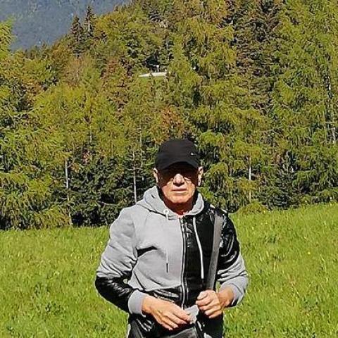 László, 64 éves társkereső férfi - Pécs