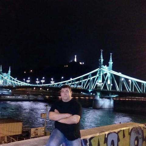 Gyula, 51 éves társkereső férfi - Budapest