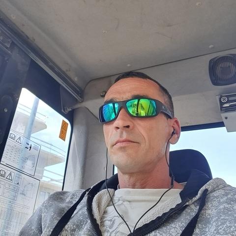 Krisztián, 42 éves társkereső férfi - Szentmártonkáta