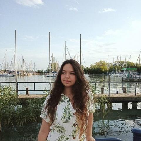 Barbi, 23 éves társkereső nő - Székesfehérvár