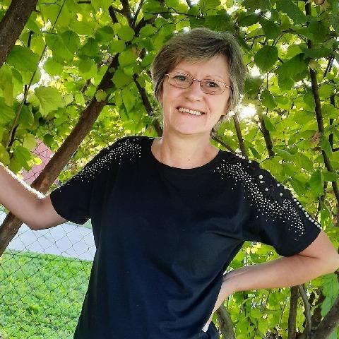 Ildikó, 54 éves társkereső nő -
