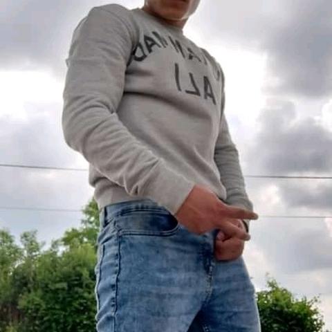 Patlo, 21 éves társkereső férfi - Székesfehérvár