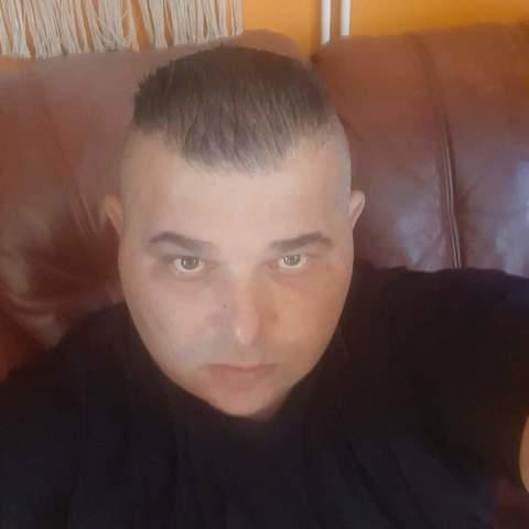 Tibor, 41 éves társkereső férfi - Nyíregyháza