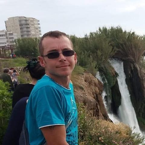 Dániel, 32 éves társkereső férfi - Dabas