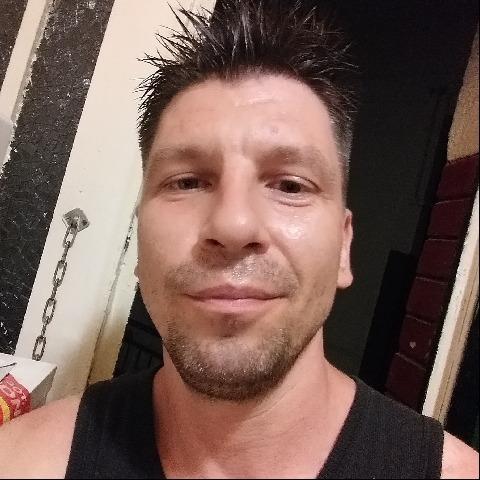 Laszlo, 39 éves társkereső férfi - Budapest