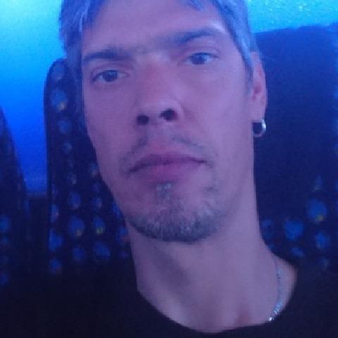 Attila, 41 éves társkereső férfi - Csanádapáca