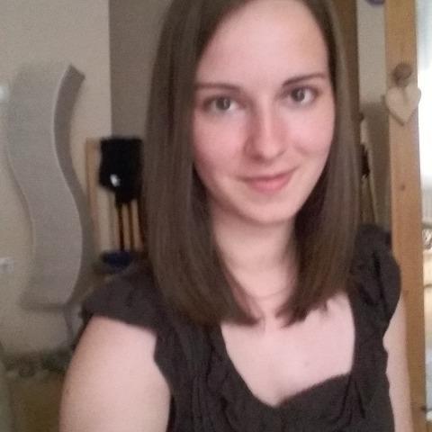 Dóra, 29 éves társkereső nő - Zalaegerszeg