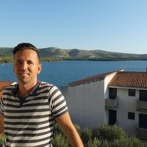 Àdàm, 43 éves társkereső férfi - Budapest