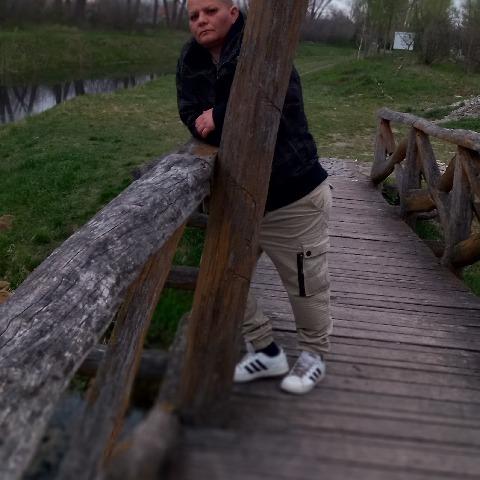 Etelka, 40 éves társkereső nő - Maglód