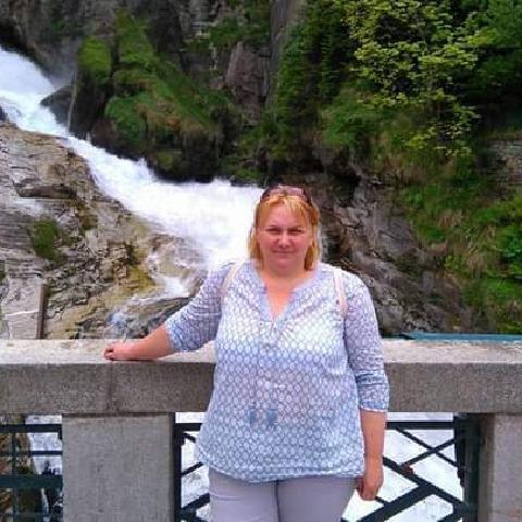 Kata, 52 éves társkereső nő - Budapest
