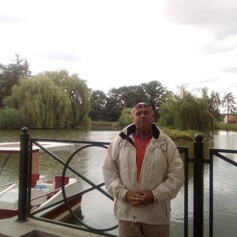 Gyula, 67 éves társkereső férfi - Szeged