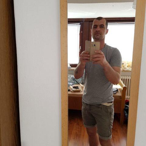 Róbert, 36 éves társkereső férfi - Sajószentpéter