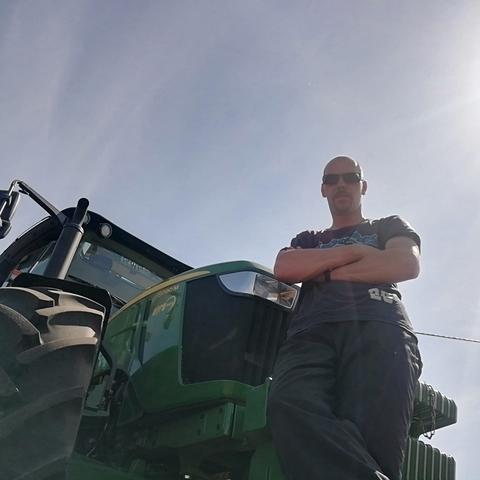 Krisztián, 34 éves társkereső férfi - Csongrád