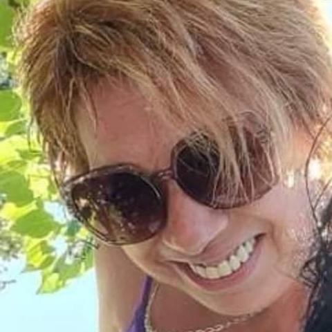 Ibolya, 60 éves társkereső nő - Csemő
