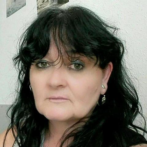 Hédi, 56 éves társkereső nő - Zalaegerszeg