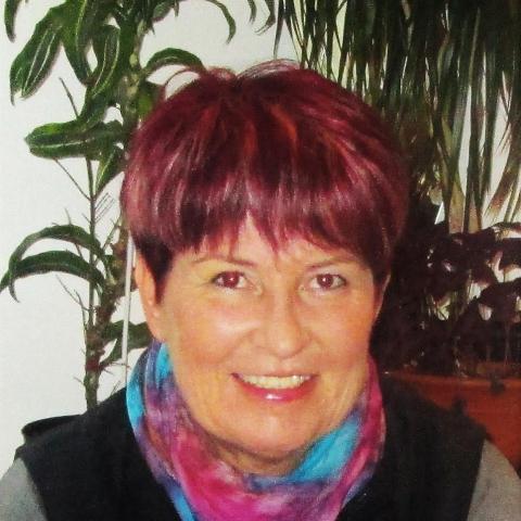 Marianna, 60 éves társkereső nő - Balatonszemes