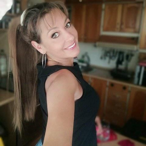 Angi, 48 éves társkereső nő -