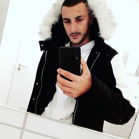 Attila, 23 éves társkereső férfi - Onga